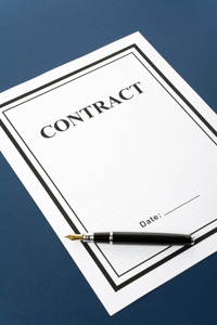 contract with pen for signatures