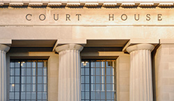 court_121386965