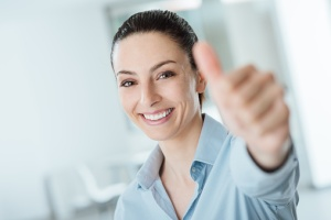 woman with thumb up because she knows how to cite authority in her motion papers